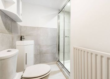 Thumbnail 2 bedroom flat to rent in Fonthill Road, Finsbury Park
