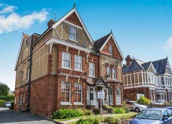 Molyneux Park Road, Tunbridge Wells, Kent TN4. 2 bed flat