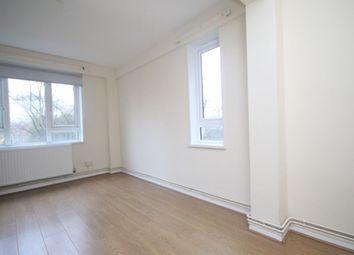 Thumbnail 2 bed flat to rent in Clifton Road, Islington, London