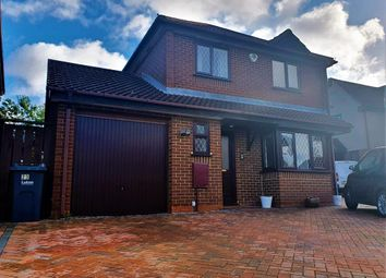 Thumbnail 4 bed detached house to rent in Statham Close, Luton