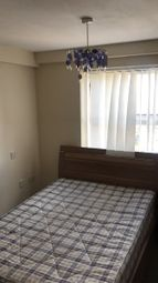 Thumbnail 1 bedroom flat to rent in Manor Road, Luton