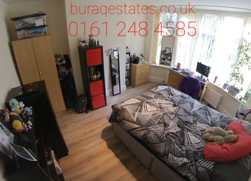 4 bed property to rent in Parrs Wood Road, Didsbury, Manchester M20