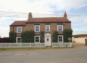Thumbnail 3 bed cottage to rent in Sunk Island Road, Ottringham, Hull