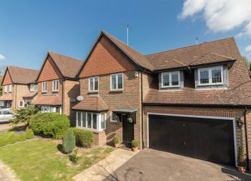 Thumbnail 4 bed detached house for sale in Avenue Gate, Loughton