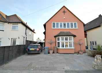 3 bed property for sale in Manwick Road, Felixstowe IP11