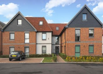 Thumbnail 2 bed flat for sale in 16 Rockingham Road, Newbury