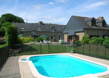 Thumbnail Hotel/guest house for sale in 56160 Ploërdut, Morbihan, Brittany, France
