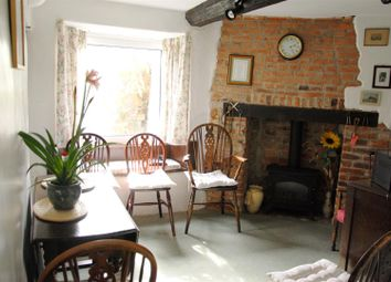 Thumbnail 4 bed cottage for sale in Ermin Street, Stratton, Swindon