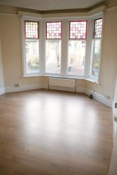 Thumbnail 1 bed flat to rent in Belmont Road, Harrogate