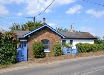 Thumbnail 2 bed cottage for sale in Station Road, Appledore, Ashford