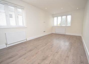 Thumbnail 2 bed flat to rent in Woodside Park Road, North Finchley