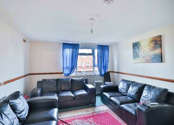 2 bed maisonette to rent in Priors Field, Northolt UB5