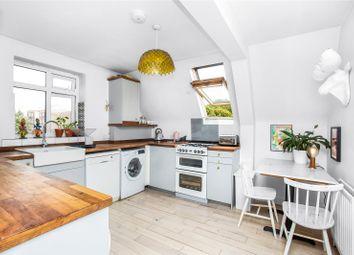 Clifton Way, Peckham, London SE15. 3 bed flat