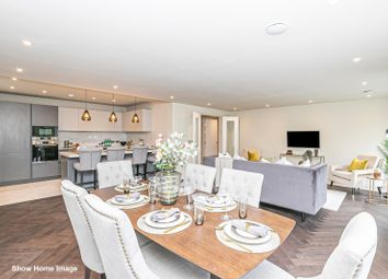 Manor Road, Chigwell, Essex IG7. 1 bed flat for sale