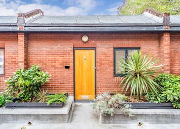 2 bed maisonette for sale in Polygon Road, London NW1