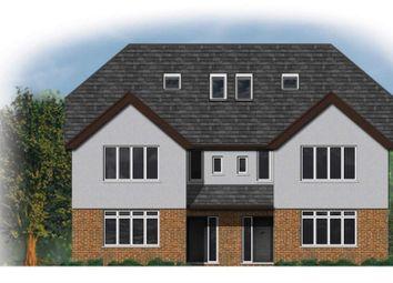 4 bed property for sale in Chesham Road, Bovingdon, Hemel Hempstead HP3