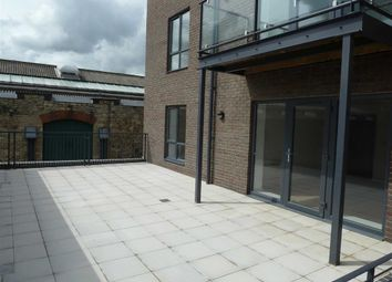 Thumbnail 2 bed flat to rent in King House, Swindon, Wiltshire
