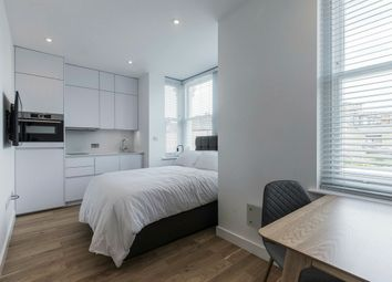 Thumbnail Studio to rent in Rockhall Road, London