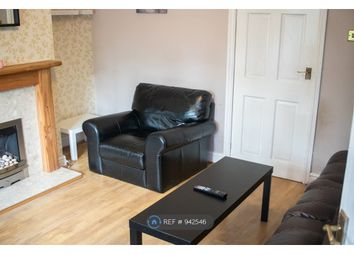 3 bed semi-detached house to rent in Hall Walk, Coleshill, Birmingham B46