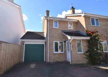 Thumbnail 2 bed property to rent in Lyneham Road, Bicester