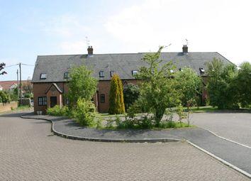 Thumbnail Studio to rent in Poplars Close, Stone, Aylesbury