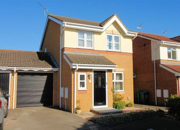 Thumbnail 3 bed detached house to rent in Archer Drive, Aylesbury