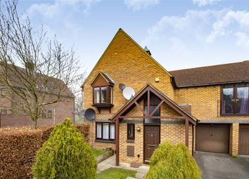 Thumbnail 2 bed property for sale in Top Common, Warfield, Berkshire