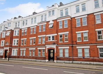 3 bed flat to rent in Graham Mansions, Hackney E8