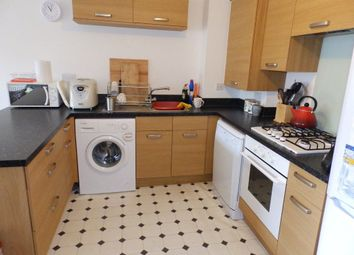 Thumbnail 2 bedroom flat to rent in Hyde Grove, Dartford