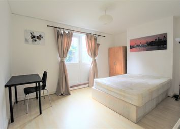 2 bed maisonette to rent in Windsor Terrace, Old Street, London N1