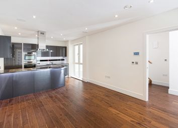 Tadema Road, London SW10. 2 bed mews house