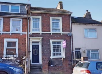 Thumbnail 3 bed town house for sale in Belle Vue Road, Swindon