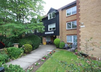 1 bed flat to rent in Sawyers Hall Lane, Brentwood CM15