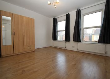 Thumbnail 4 bed terraced house to rent in Cann Hall Road, London