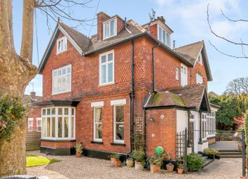 Thumbnail 3 bed flat to rent in Devonshire Road, Weybridge