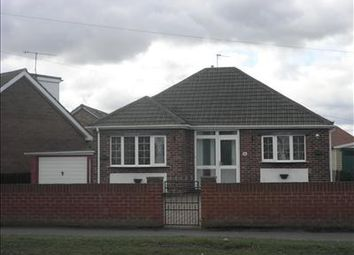 Thumbnail 2 bedroom detached bungalow to rent in 116 Amersall Road, Scawthorpe, Doncaster, South Yorkshire