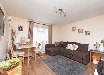 Thumbnail 2 bedroom flat for sale in Mulfords Hill, Tadley