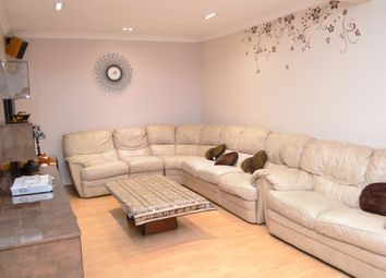 3 Bedrooms Terraced house to rent in Crofts Road, Harrow, Middlesex HA1