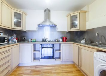 3 bed flat for sale in Blenheim Gardens, Brixton Hill, London SW2