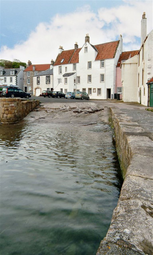 Thumbnail 2 bed flat to rent in The Gyles, Anstruther