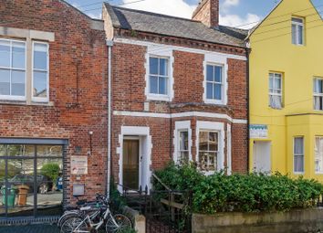 Thumbnail 4 bedroom terraced house for sale in Walton Crescent, Oxford