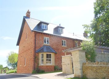 Thumbnail 3 bed flat for sale in 4 Keith House, Cobbetts Close, Eynsham, Witney