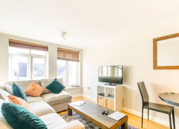 Thumbnail 2 bed flat for sale in Cambridge Close, Oakleigh Park