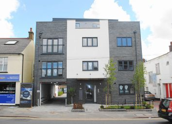 Thumbnail 2 bed flat to rent in London Road, Benfleet