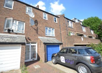 Thumbnail 4 bed town house to rent in Blackthorn Street, London