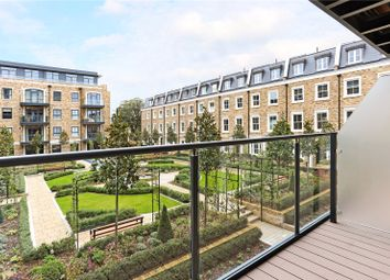 Thumbnail 2 bedroom flat for sale in Chiswick Gate, London