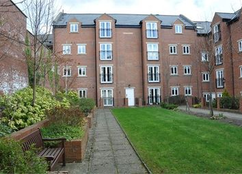 Thumbnail 2 bedroom flat for sale in Stainthorpe Court, Hexham