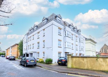 Cumberland Road, Brighton BN1. 2 bed flat for sale