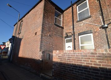Thumbnail 1 bed flat to rent in Beancroft Road, Castleford