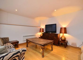 Thumbnail 1 bed flat to rent in Dolland Street, Kennington